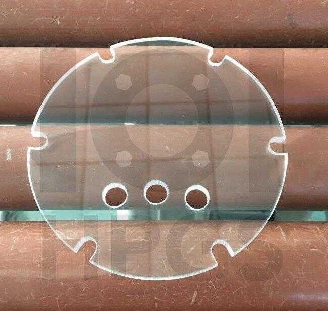 szkło kwarcowe z otworami